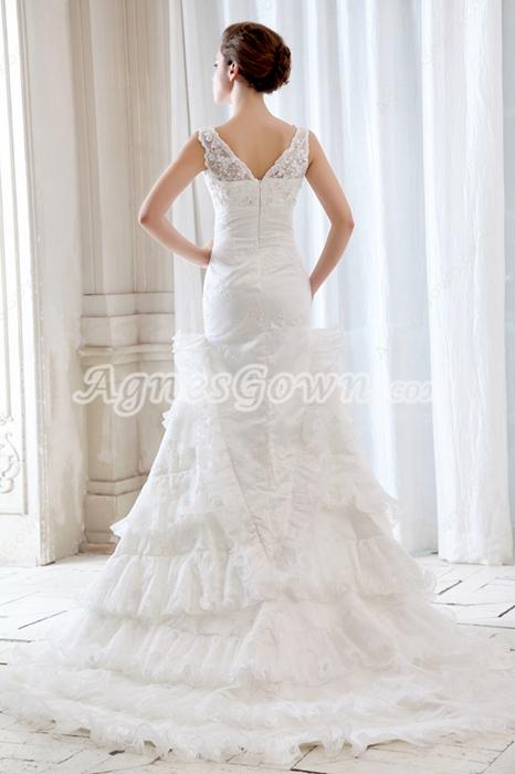 Stunning Plunge Neckline Celebrity Wedding Dresses