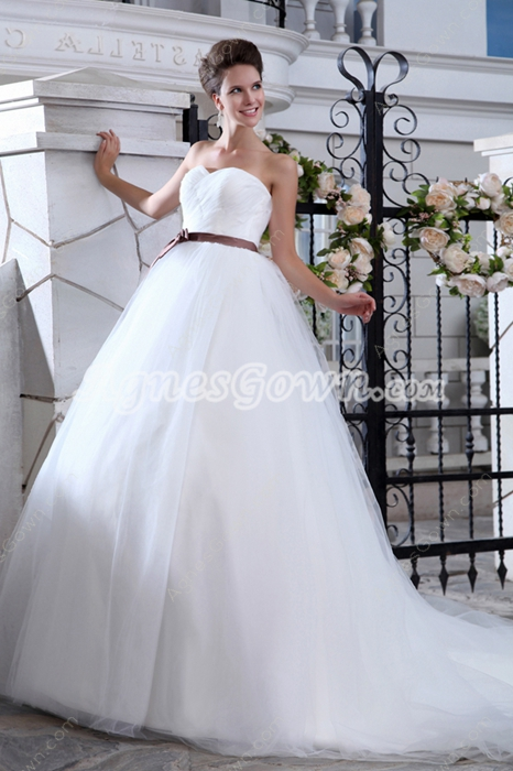 Noble White Plain Tulle Princess Wedding Dress