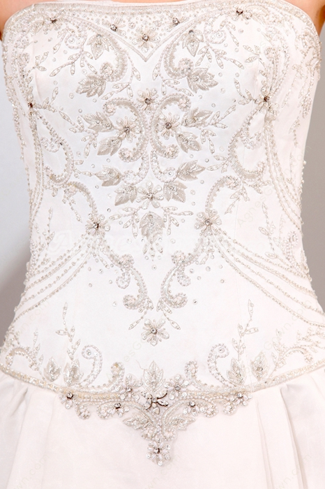Breathtaking A-line White Wedding Dress With Silver Embroidery