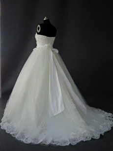 Beautiful Simple Strapless Tulle Ball Gown Wedding Dresses