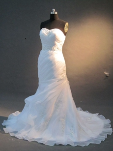 Chic Sweetheart White Organza Mermaid Bridal Dresses