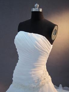 Graceful White A-line Long Simple Bridal Dresses