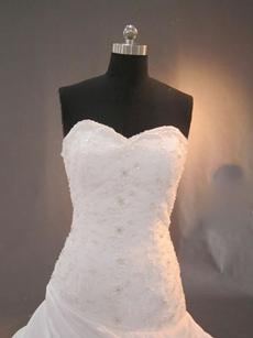 Beautiful Taffeta Sweetheart Garden Wedding Dresses