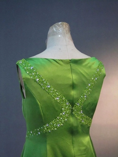 Charming Green Satin Bateau Mother of the Bride Plus Size Dresses
