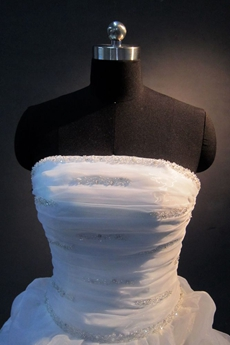 Elegant Strapless Organza Wedding Gown with Corest