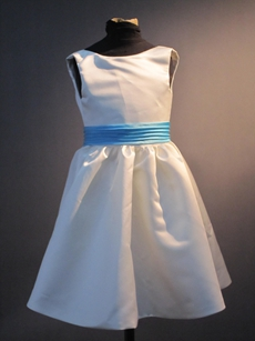 Simple Cute Flower Girl Dress with Blus Sash