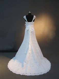 Dazzling Antique Lace Wedding Dresses