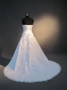 Traditional Strapless A-line Full Length Lace Wedding Dresses With Beads