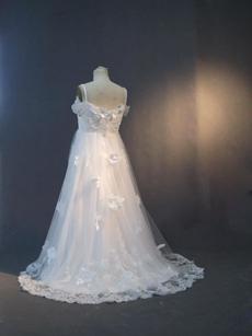 Romantic Empire Lace Maternity Wedding Dresses