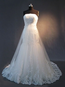 Unique Strapless Mermaid Lace Wedding Dresses