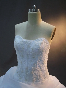 Pretty Strapless Sweetheart Plus Size Bridal Gowns