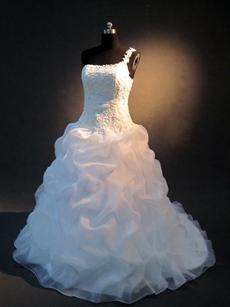 Pretty One Shoulder Wedding Dresses Princess Ball Gown
