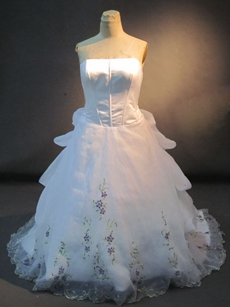 Pretty Length Plus Size Wedding Dresses With Embroidery