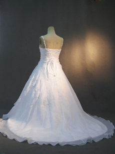 Beautiful White Organza Plus Size Wedding Dresses