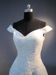 Modest Off Shoulder Western Wedding Dress