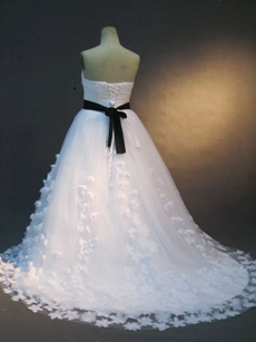 Romantic Plus Size Princess Wedding Dresses With Black Sash