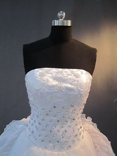 Brilliant White Strapless 15 Quinceanera Dresses with Corset