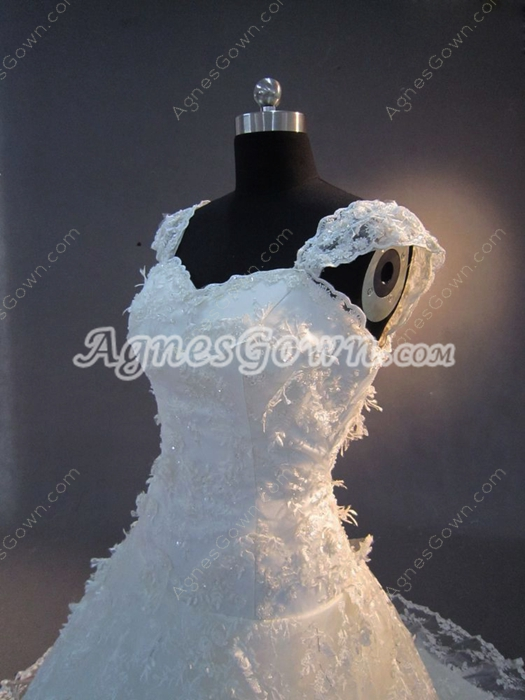 Beautiful Princess Vintage Lace Wedding Dresses
