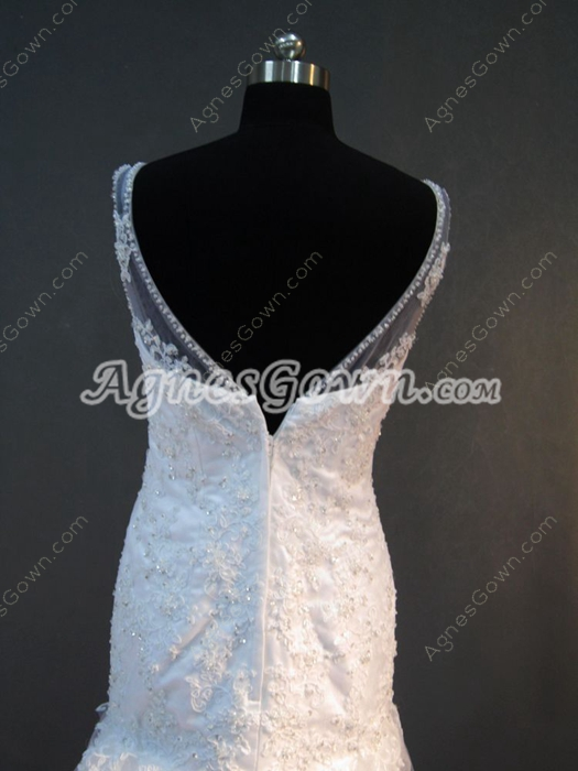 Magnificent V-Neckline Lace Mermaid Wedding Dresses with Cathedral Train