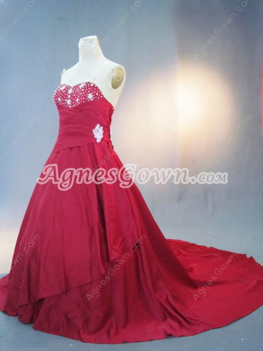Unique Sweetheart Red Wedding Dresses with Chapel Train