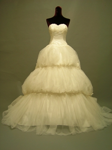 Princess SSweetheart Wedding Dresses With 3 Tiered