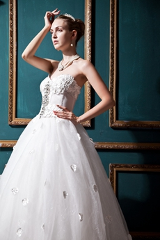 Dreamed Sweetheart Ball Gown Wedding Dress With Appliques