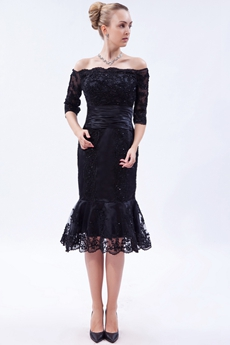 Off The Shoulder Knee Length Black Lace Mother Of The Groom Dress