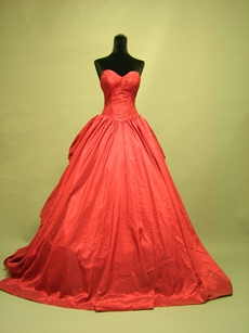 Beautiful Red Sweetheart Gothic Wedding Dresses