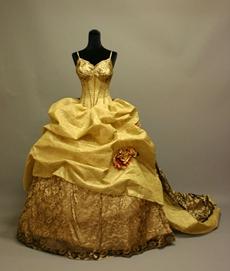 Gothic Spaghetti Straps Court Bridal Dresses