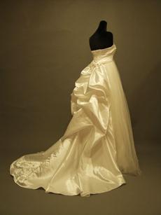 Simple Sweetheart Maternity Bridal Dresses With Rosette Skirt