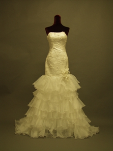 Pretty Strapless Mermaid Bridal Dresses With Appliques
