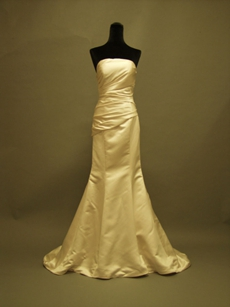 Simple Satin Strapless Trumpet Wedding Dresses