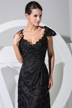 Elegant Sheath Black Lace Evening Dresses  with Cap Sleeves