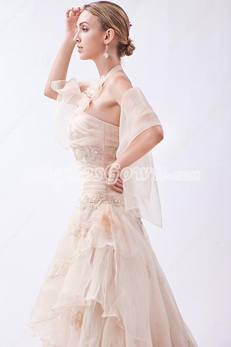 Vintage Halter Champagne Wedding Dress With Appliques