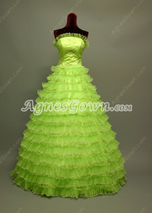 Elegant Emerale Green Princess Quinceanera Dresses With Ruffles