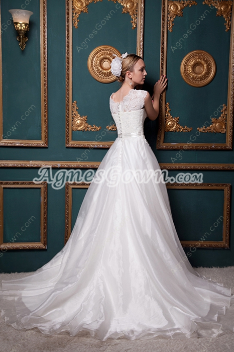 Beautiful Short Sleeves Princess Wedding Dress With Lace