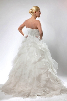 Classic Ball Gown Organza Ruffled Wedding Dress With Lace