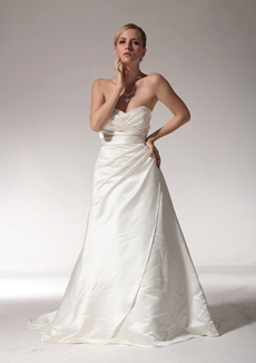 Sweetheart A-line Simple Wedding Dress With Bow Sash
