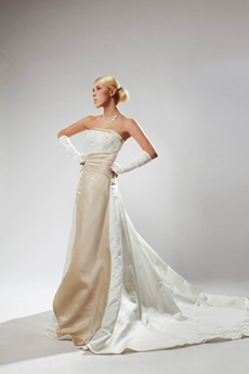 Special Champagne And White Wedding Dress With Appliques