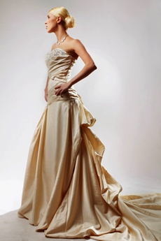 Retro A-line Champagne Satin Wedding Dress Dropped Waist