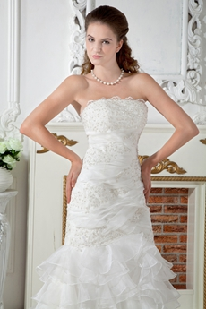 Stunning Mermaid Organza Wedding Dress With Appliques