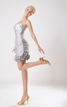Chic Mini Length Silver Taffeta Wedding Party Dress