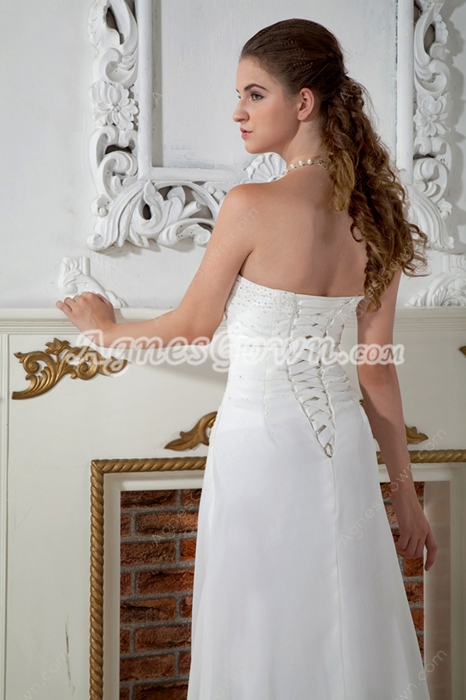 Delicate A-line White Chiffon Summer Beach Wedding Dress With Beads
