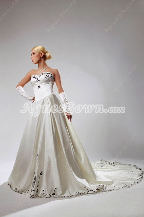 Classy A-line Ivory Wedding Dress With Black Embroidery