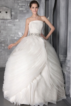 Impressive Ball Gown White Tulle Wedding Dress