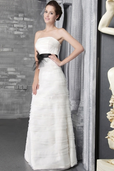 Terrific Spring Beach Wedding Dresses With Black Sash