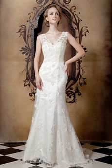 Retro Lace Wedding Dress V-Back