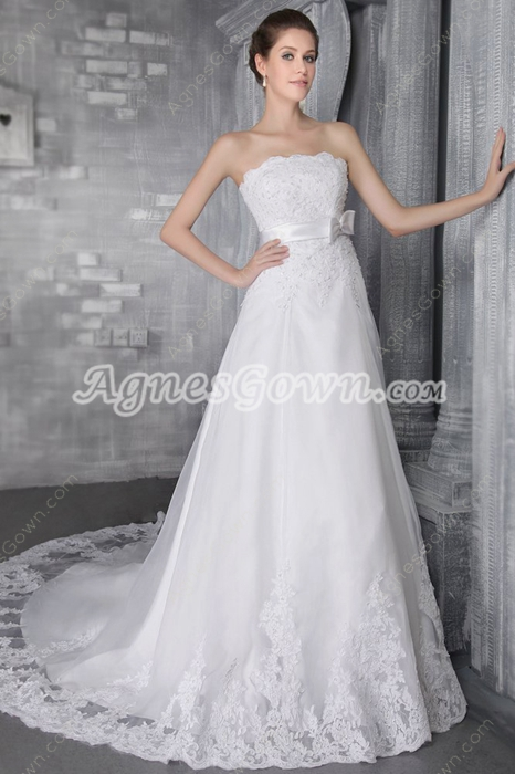 Beautiful A-line White Lace Bridal Dress With Satin Belt