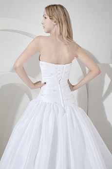 Cheap Whit Ball Gown Wedding Dresses With Asymmetrical Waist