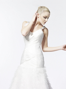 V-Neckline Pleated Tulle Wedding Dress 2016